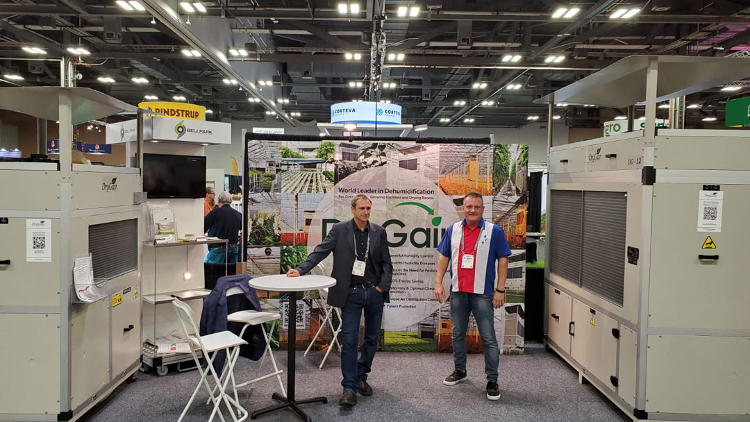 Cultivate 2021 - The DryGair booth with Ziv, Steve and the DG-12
